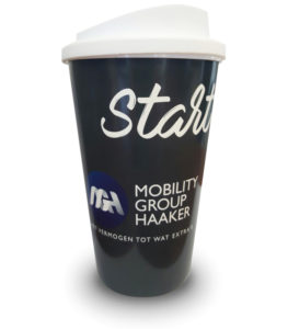 Coffee mug cadeau bij MGH Zomercheck width=
